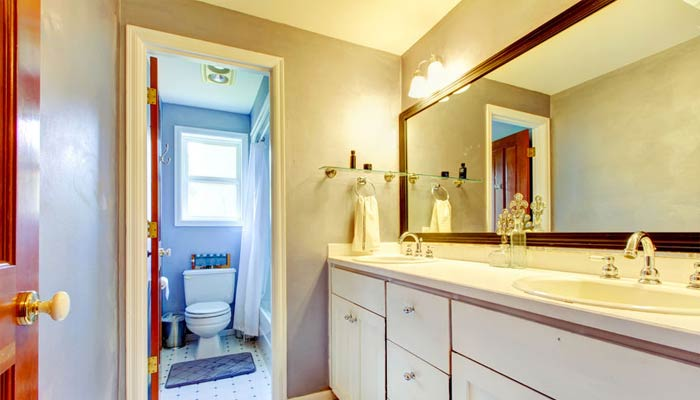 Bathroom & Kitchen Faucets / Fixtures